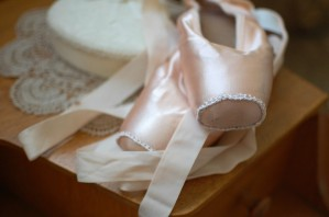 ballet-shoes-1260799_1920
