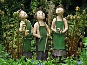 statues-2567800_1920 (1)