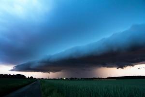 thunderstorm-3901479_1920 (1)